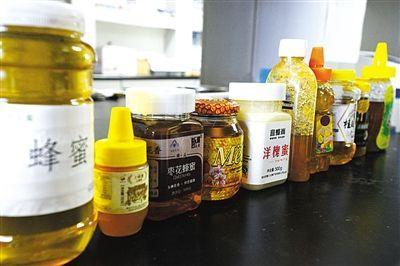 媒体网购10种蜂蜜进行抽检 7种存在掺假嫌疑