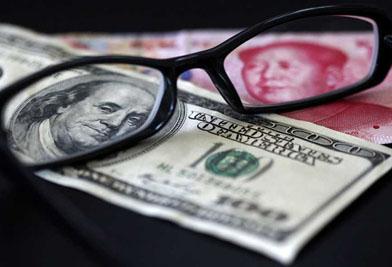 人民币对美元贬值超3.5% 汇率短期下行传递三大信号
