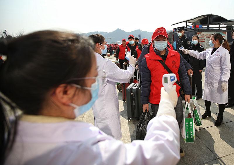 贵州:开行新年首趟务工专列